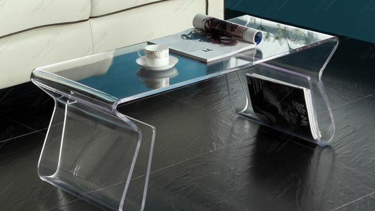 Miza iz pleksi stekla