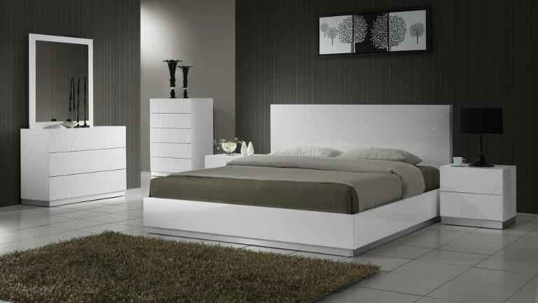 Sodobna spalnica